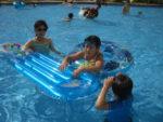 "<span class=""title"">沖縄リゾートホテルにあるプールで遊んでみた(沖縄リザンシーパークホテル谷茶ベイ)</span>"